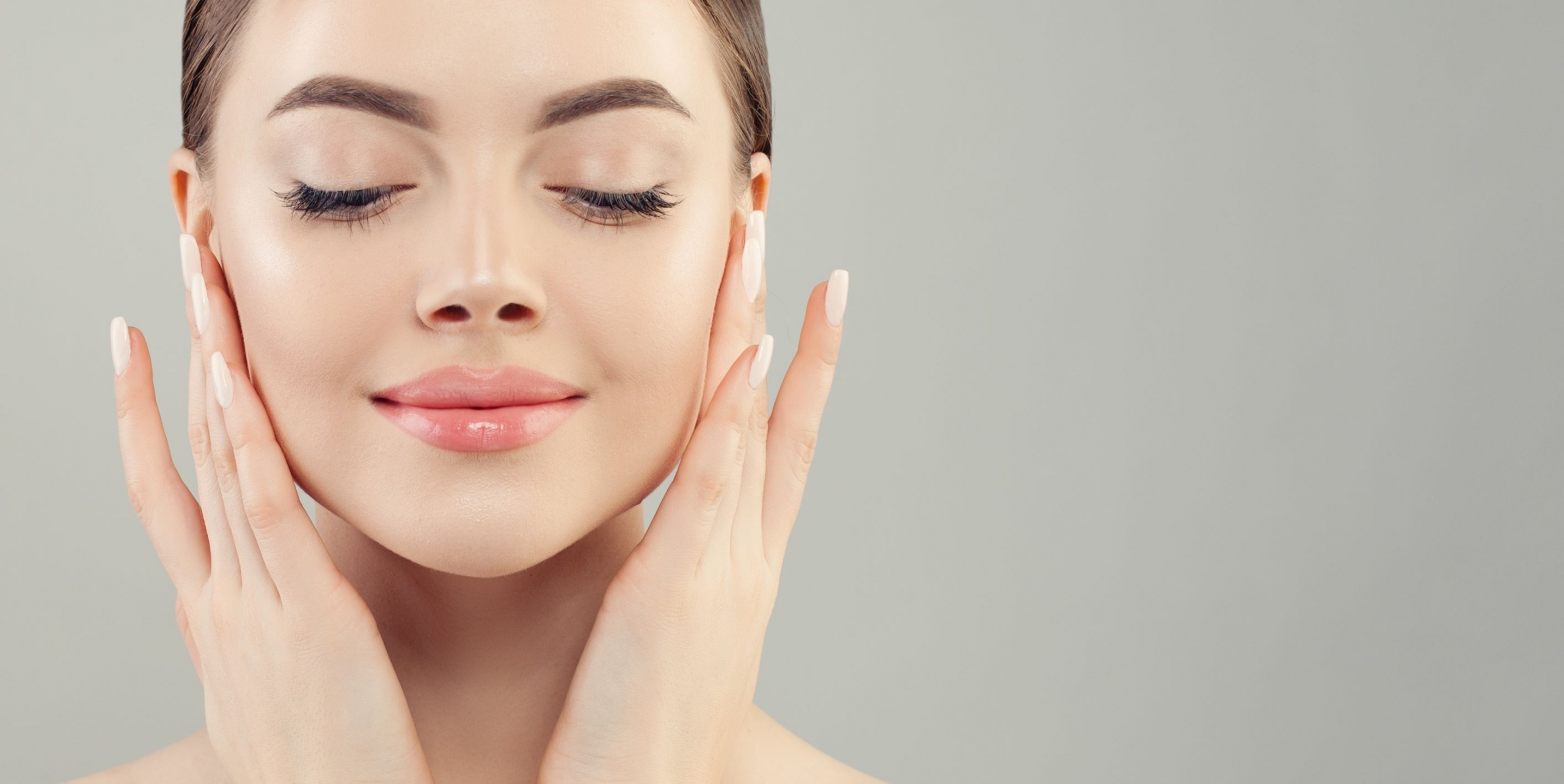The Best Brightening Skincare Ingredients for Glowing Skin - Ask The  Scientists
